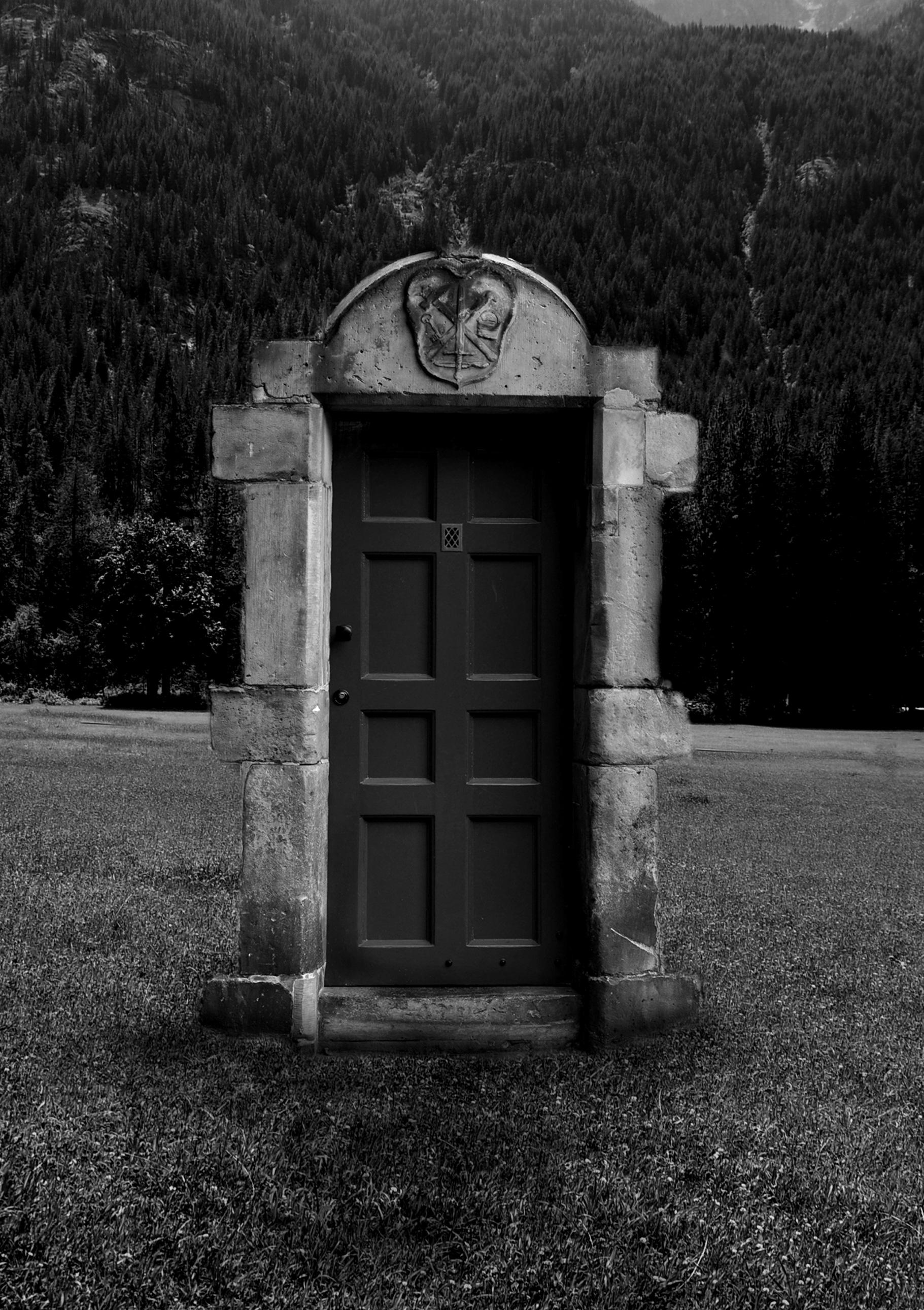 Opening The Door On A New Year & Raven Door \u0026 \